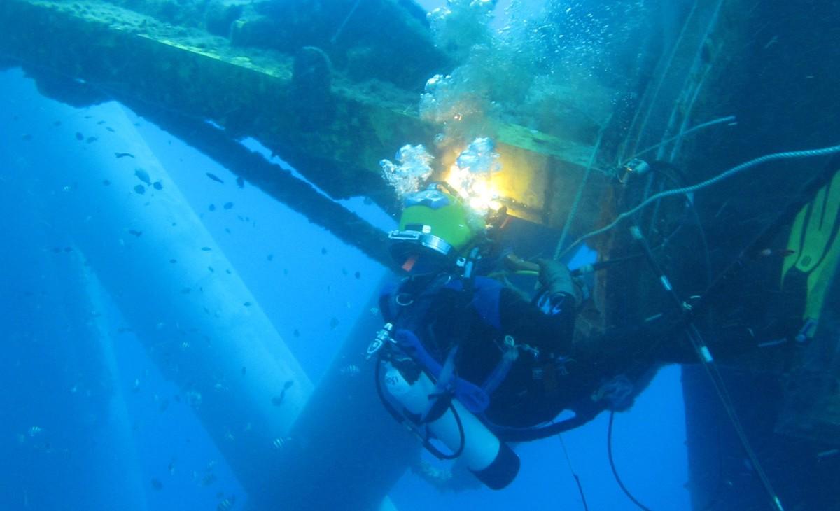 Commercial Diving Companies In Australia : Oceanic offshore pty ltd dampier western australia